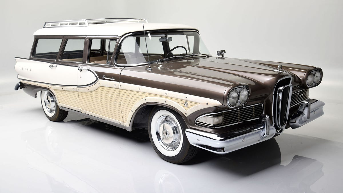 Ford family puts personal station wagons up for sale at Barrett-Jackson auction